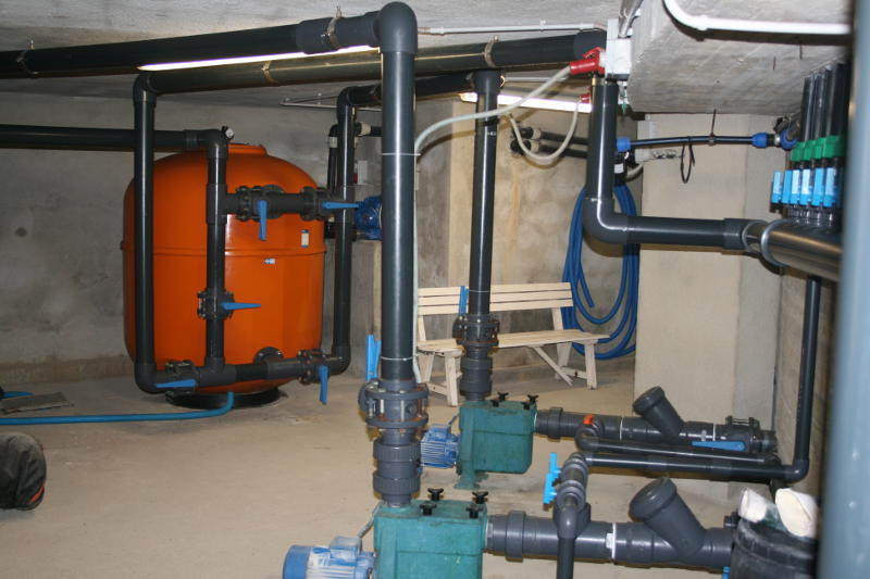 Piscine isola d 39 elba trattamento acque - Trattamento acqua piscina ...